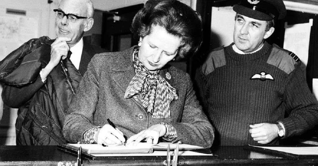 Margaret_Thatcher_on_a_visit_to_Northern_Ireland